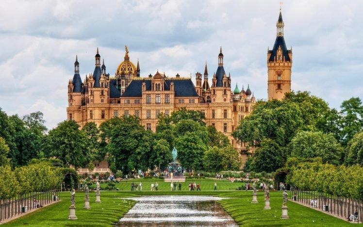 Schwerin_Palace-Germany